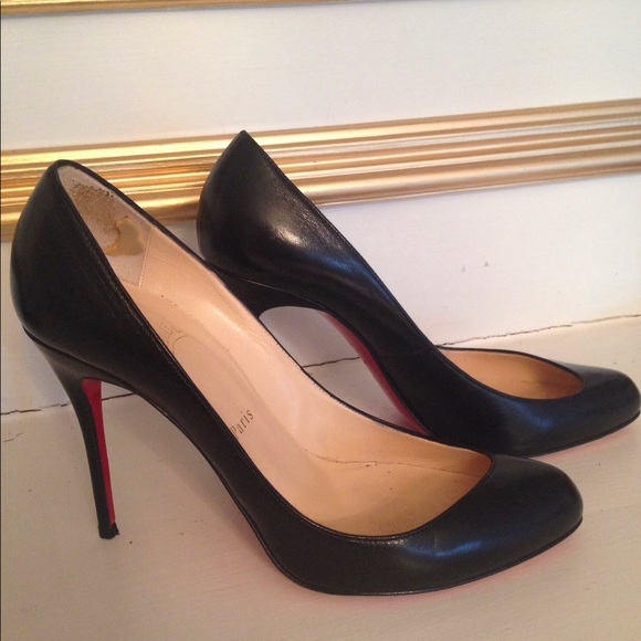 7844857e0661 Christian Louboutin Shoes - Louboutin Black Leather Pimp Size 39